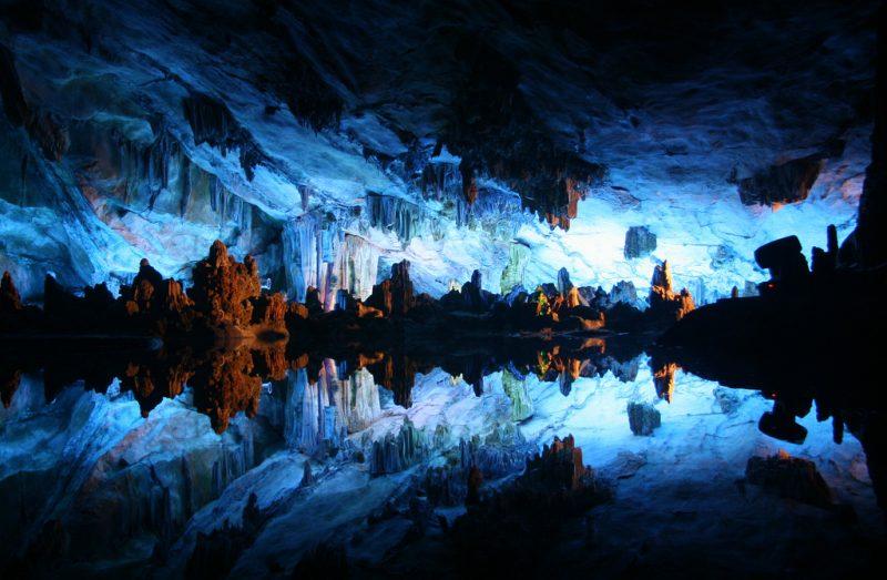 Китайская пещера «Reed Flute Cave»