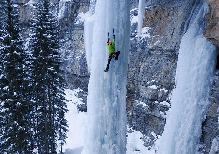Лазание по замерзшим водопадам
