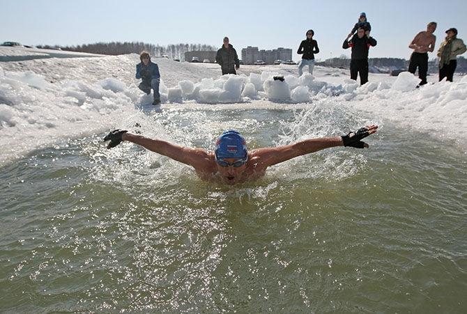 Плавание в ледяной воде