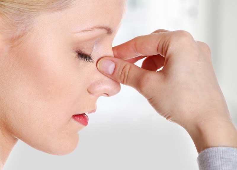 6 фото кровотечение зажать ноздри
