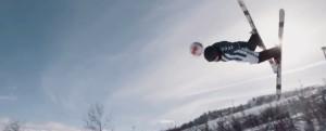 Экстремалы сыграли футбол на лыжах