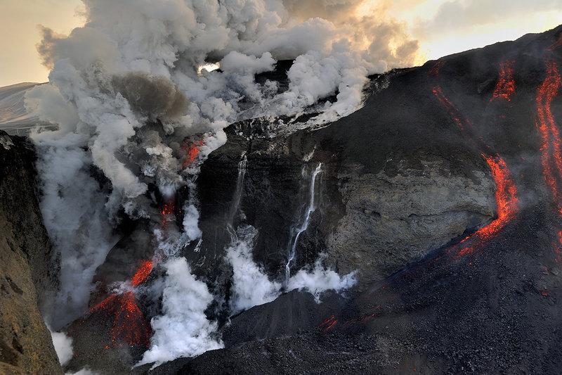 Eruption du volcan Eyjafjšll, sud de l'Islande, Mars Avril 2010
