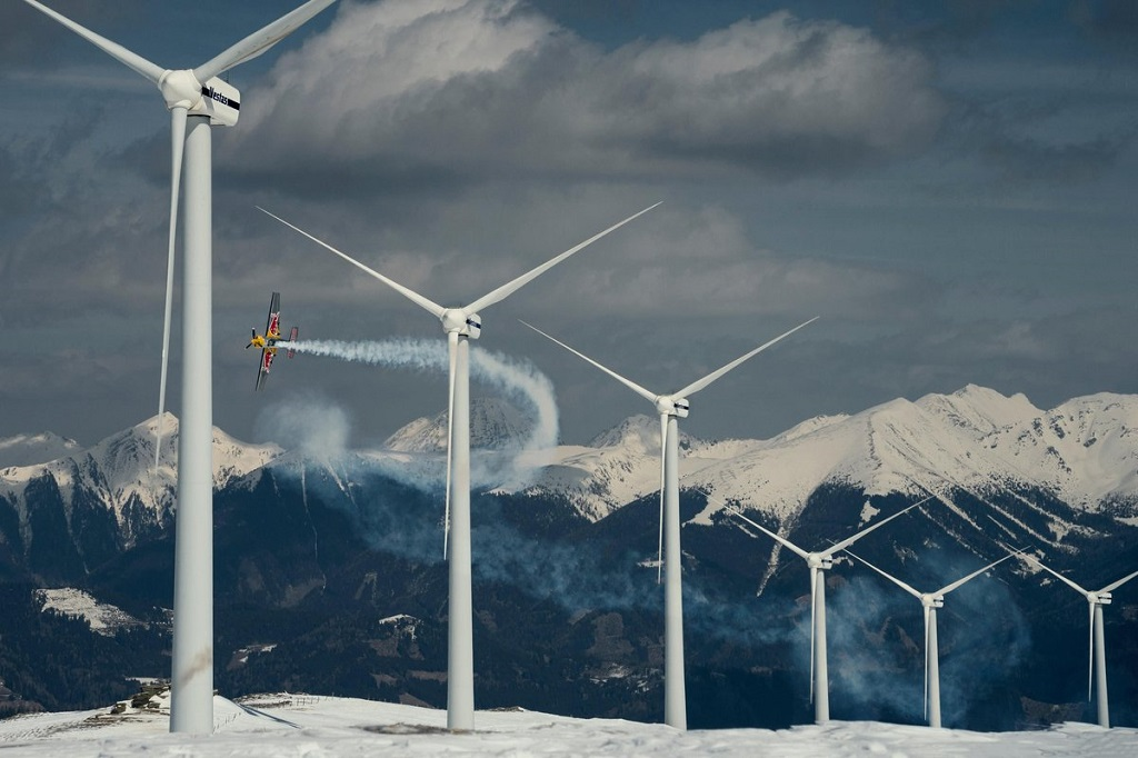 Hannes Arch flying at Windpark Hohentauern, Austria on 20th of March, 2016